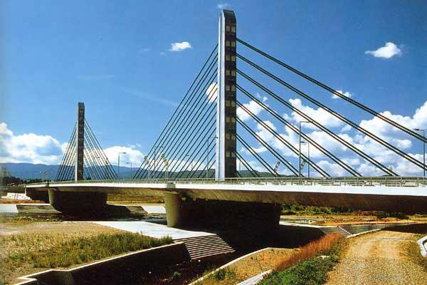 日本構造橋梁研究所の転職・採用情報|社員口コミ …